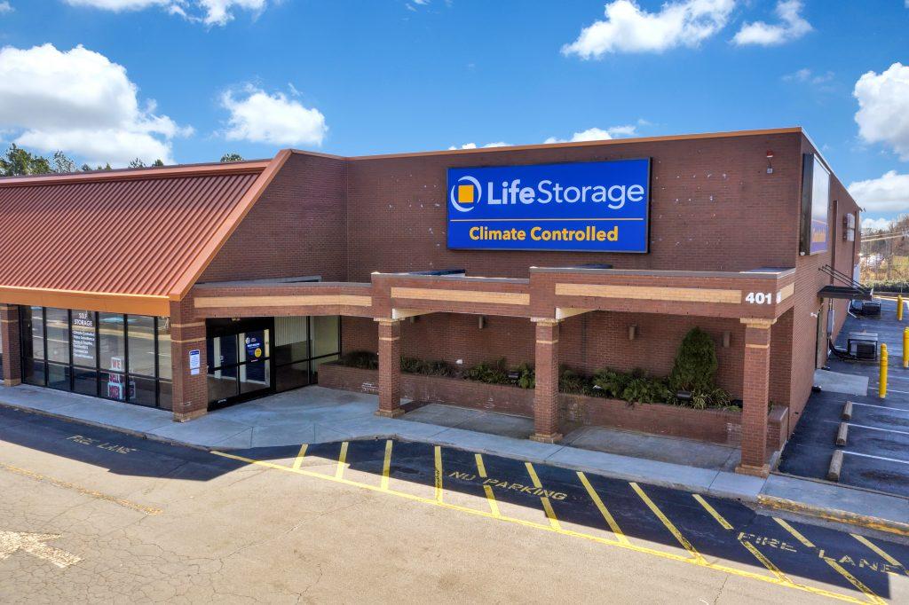 Life Storage – 401 Jonestown Rd, Winston-Salem, NC 27104