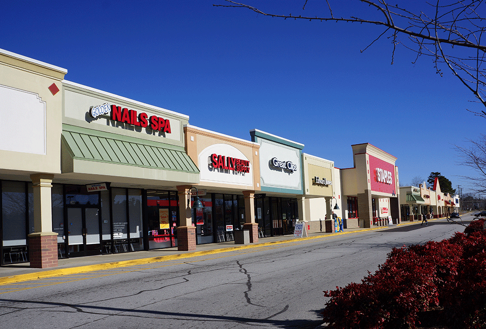 Highlands Square – 250 Highlands Square Drive, Hendersonville, NC 28792