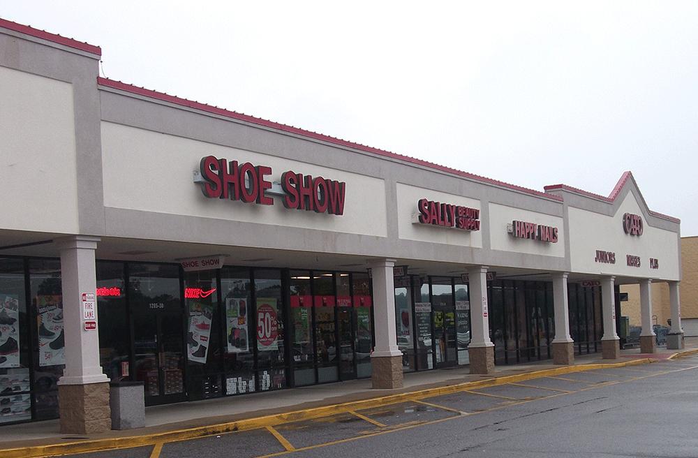 Smithfield Plaza – 1299 N. Brightleaf Blvd, Smithfield, NC 27577